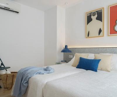 Doppelzimmer mit Balkon und seitlichem Meerblick Hotel Eolo